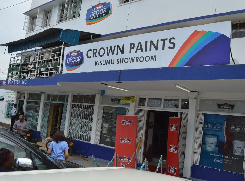 TOP LEADING PAINTS COMPANY, CROWN PAINTS KENYA OPENS A SH5 MILLIONS DEALER OWNED CROWN DECOR WORLD SHOWROOM IN KISUMU.